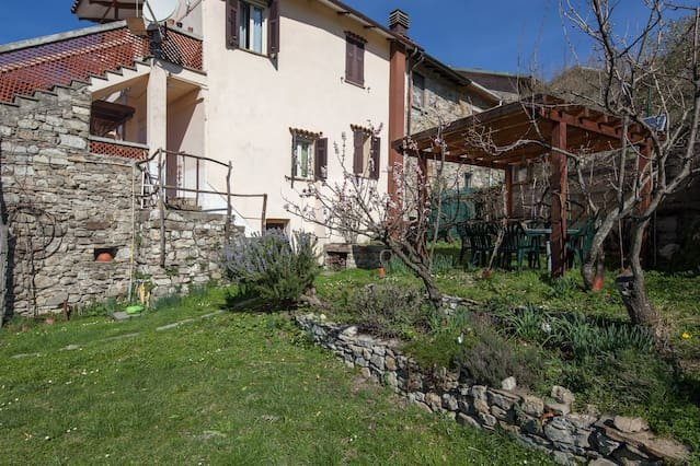 Apartment with mountain view, holiday rental in Montelungo