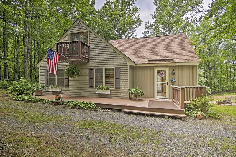Madison Home: 6 Miles to Shenandoah Nat'l Park!, holiday rental in Stanardsville