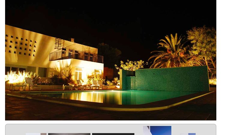 Casa Sunnyside, Cabanas Beach modern and spacious poolside apartment., holiday rental in Tavira