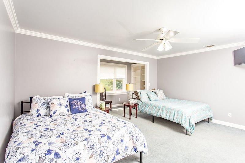 'Indoors','Room','Bedroom','Ceiling Fan','Bed'