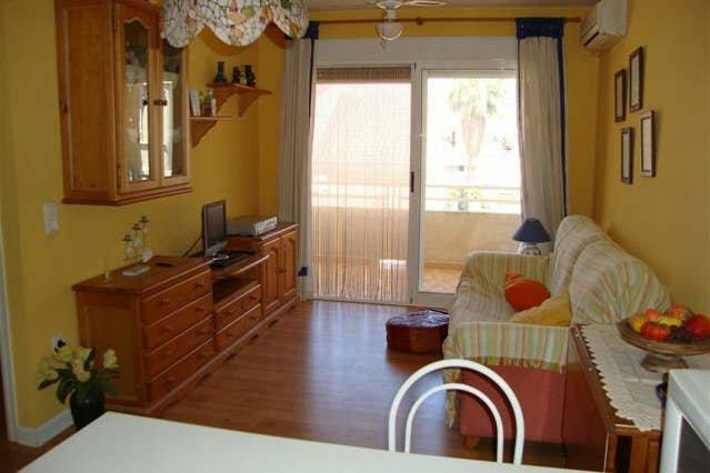 Nice apartment near the beach, aluguéis de temporada em Almenara