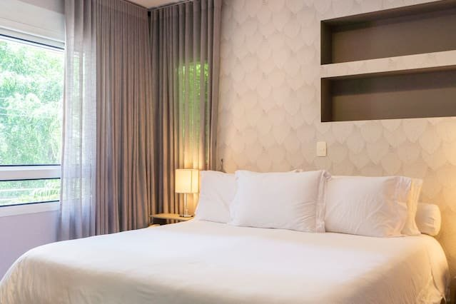 George V - Luxury Apt at hotel with Butler Service, vacation rental in Sao Caetano do Sul