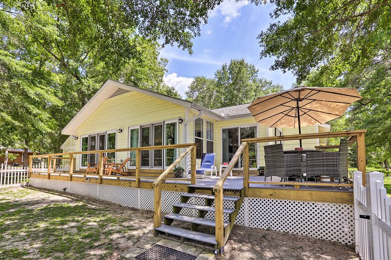 Stay at this welcoming 3-bed, 3-bath vacation rental with your family of 8!