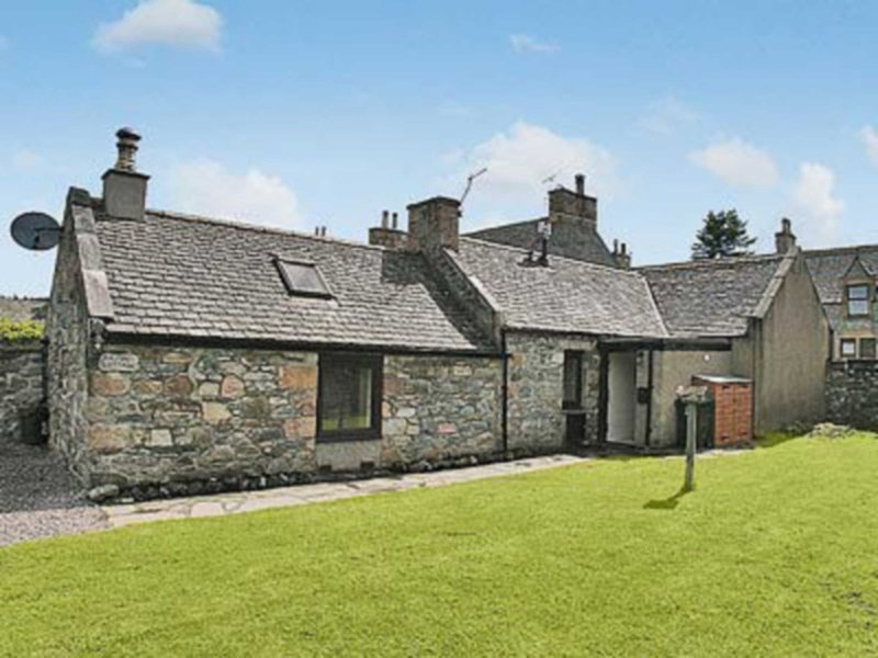 Ailnack Cottage - 25224, casa vacanza a Tomintoul