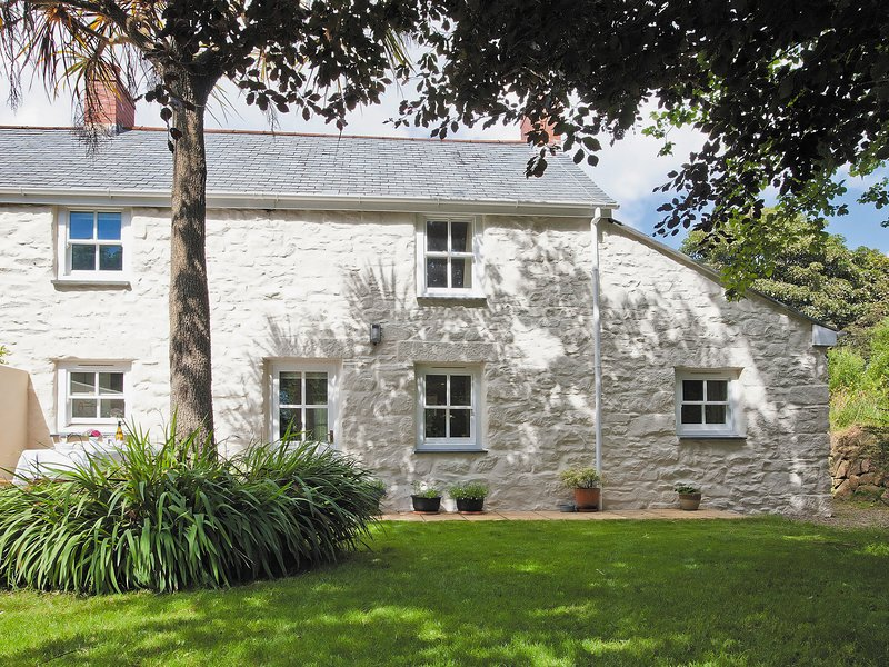 2 Woodford Cottages, vacation rental in Rosudgeon
