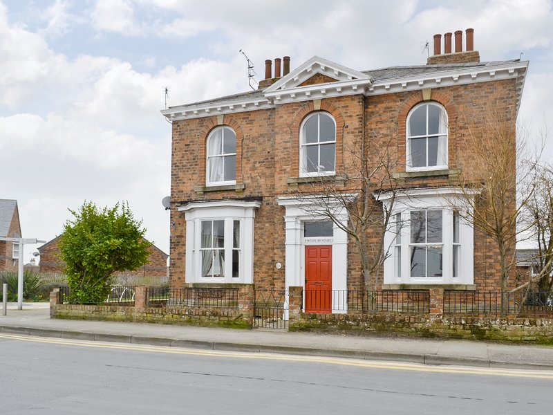 Station House, holiday rental in Withernwick