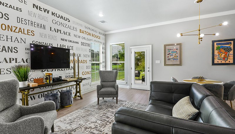 New Construction: Modern Oasis by Poree Homes, alquiler vacacional en Baton Rouge