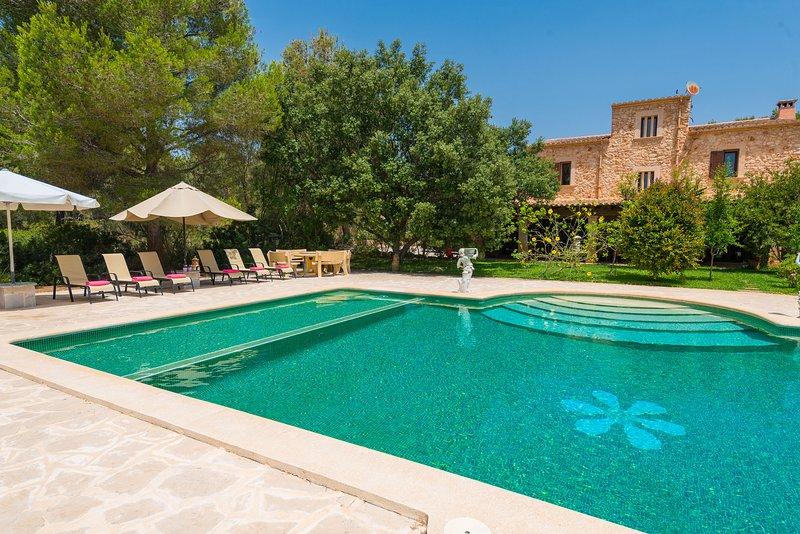 Ideal nueva y exclusiva villa rural S'ESPIGA, vacation rental in Portocolom