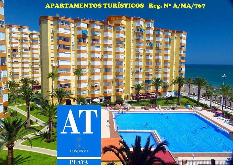 Apartamentos Intercentro ALGARROBO-COSTA, vacation rental in Algarrobo