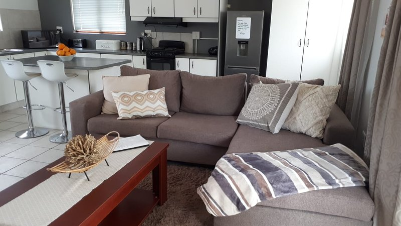 Gorgeous Self-Catering Cottage off Umhlanga Rocks, alquiler vacacional en Durban