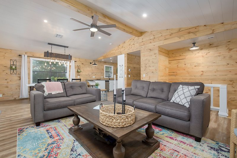 Where the Magic Cabins, holiday rental in Davis