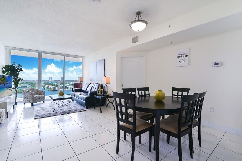2BR Rest and Relax Sunny Isles, Ferienwohnung in North Miami Beach