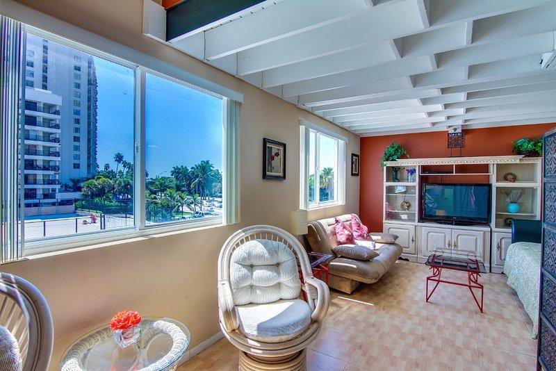 Castle L1, holiday rental in Miami Beach