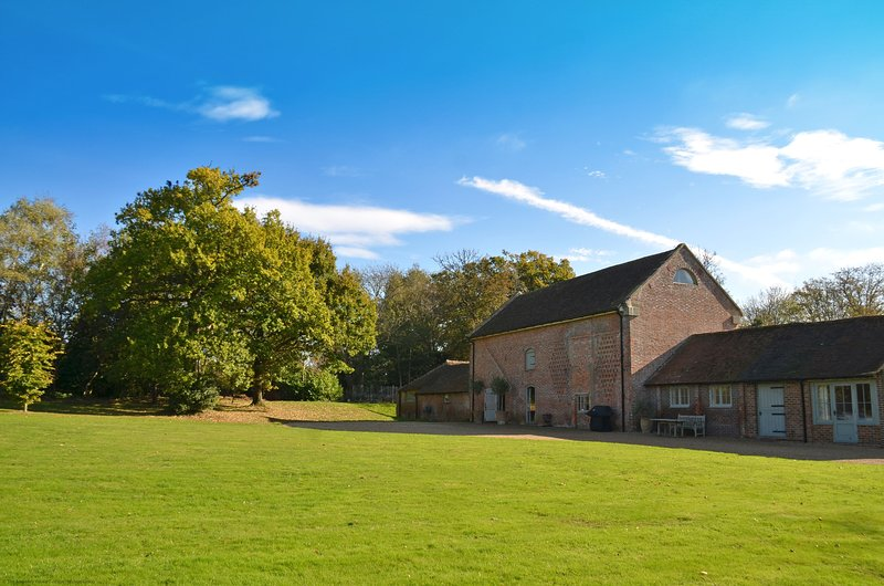 The Old Granary, vacation rental in East Grinstead