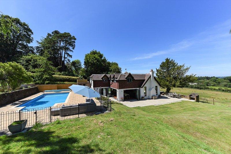 Oakwood, vacation rental in Storrington