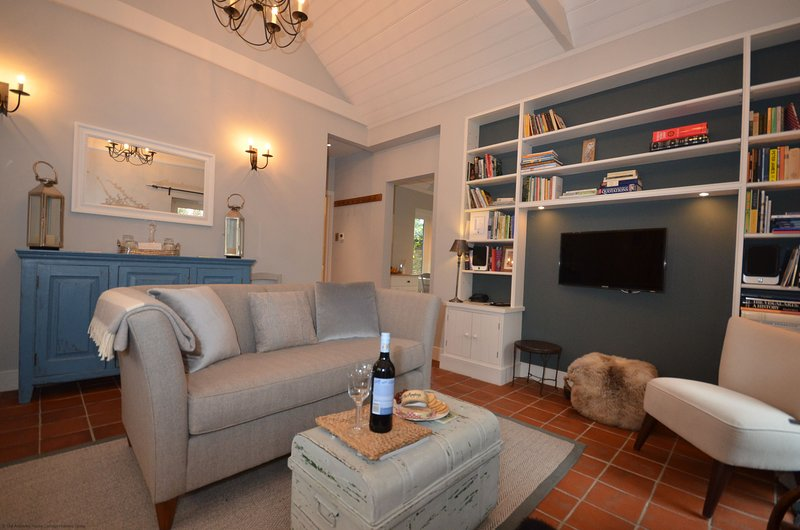 Owl Cottage, holiday rental in Fittleworth