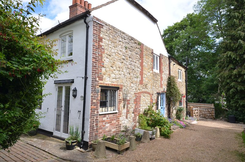 Brewers Cottage, vacation rental in Storrington