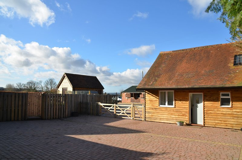 Churchfield Stables, holiday rental in Fittleworth