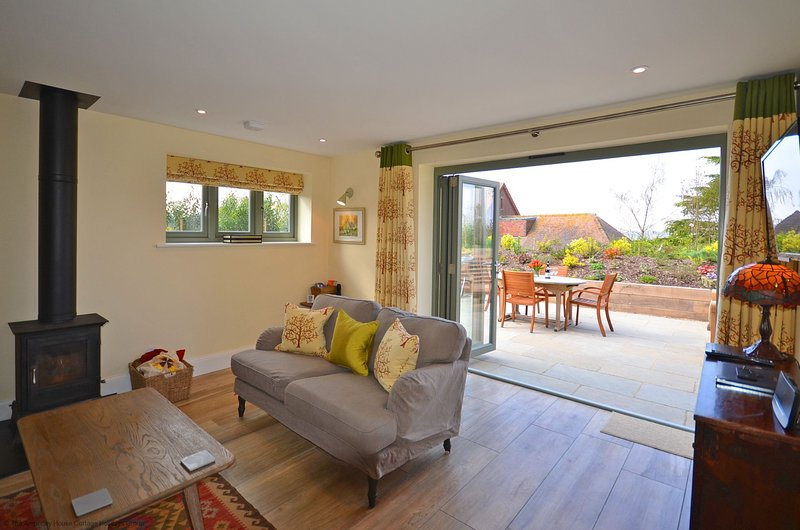 Candle Cottage, vacation rental in Storrington