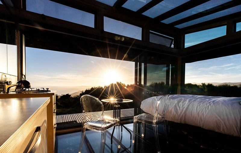 Korimako PurePod - luxurious glass eco-cabin in stunning & remote NZ location, holiday rental in Culverden