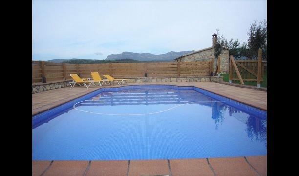 Sant Sebastia de Montmajor Villa Sleeps 10 with Pool - 5622277, holiday rental in Clariana de Cardener