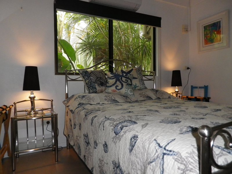 Tropical Nirvana, vacation rental in Whyanbeel