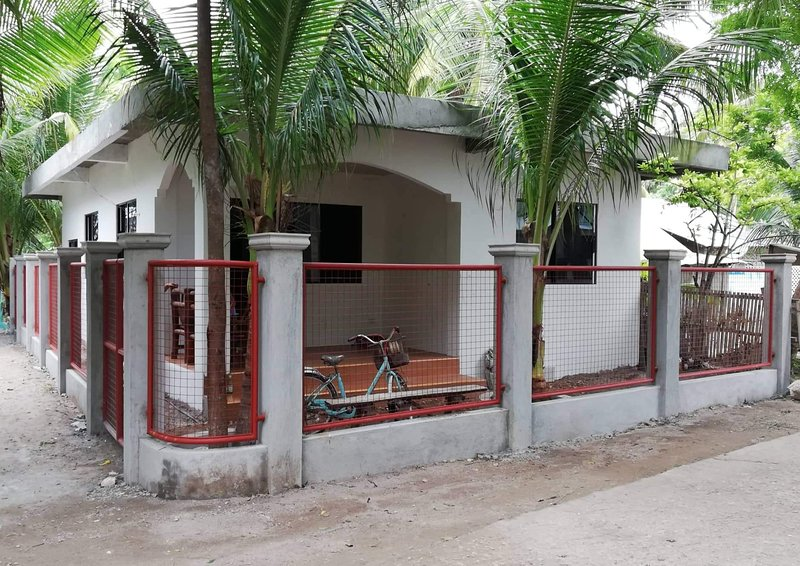 JMyron Guest House and Room Rentals, vacation rental in San Remigio