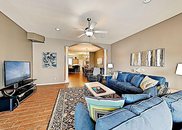 Coastal Escape w/ Gulf View, Guest Suite, Pool & Spa - 200' to Beach!, alquiler de vacaciones en Corpus Christi