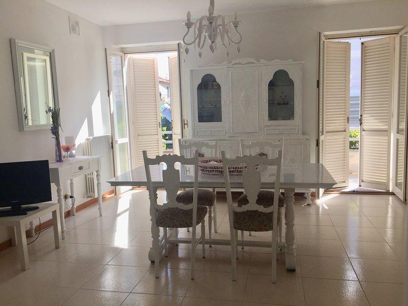 appartamento vicino al mare lungomare nord con posto auto, vacation rental in San Benedetto Del Tronto