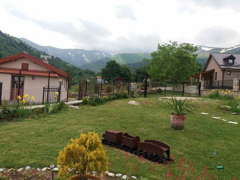 VILLA KIKO - Mountain Village, casa vacanza a Bitola