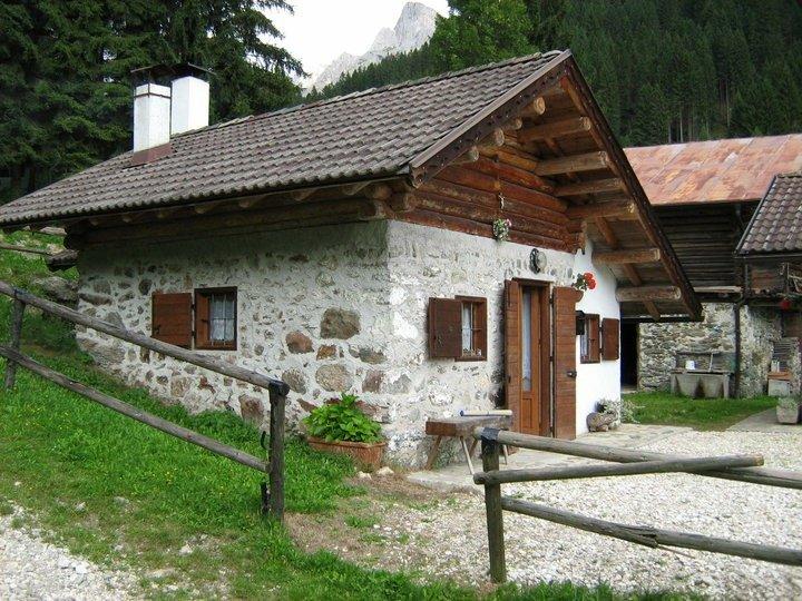 La casera dela vecia, vacation rental in Primiero San Martino di Castrozza