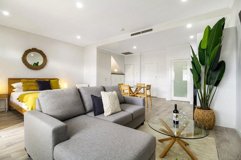 Enjoy Bayside Life At Stylish Studio Close To City, location de vacances à Hobsons Bay
