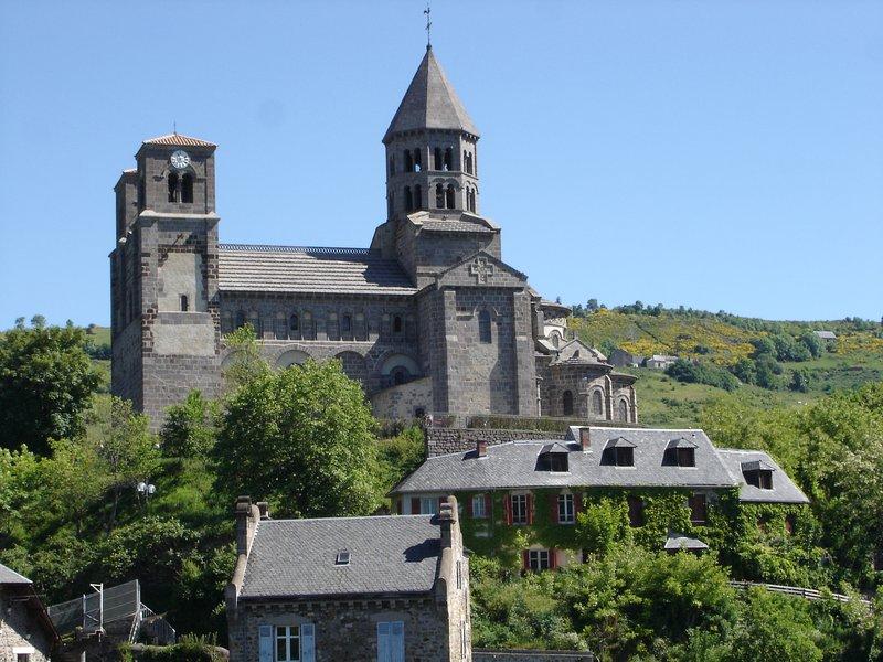Appartement  duplex de charme en Auvergne, aluguéis de temporada em Champeix