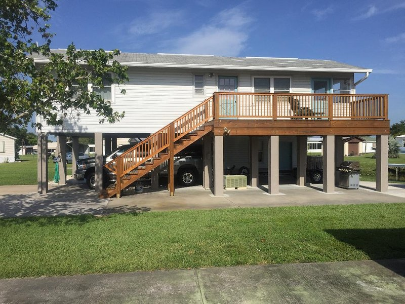 Buckhead Ridge Furnished Rental, holiday rental in Okeechobee