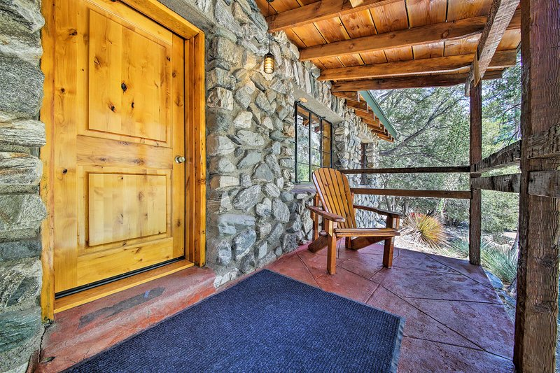 Costruita negli anni '20, questa cabina con 1 camera da letto e 1 bagno trasuda fascino e carattere!