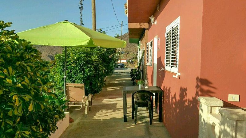 Nice apartment in Alojera & Wifi, holiday rental in Arure