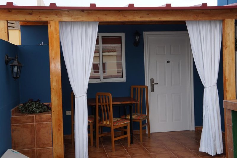 Beautiful apartment in Arona & Wifi, holiday rental in Fraile