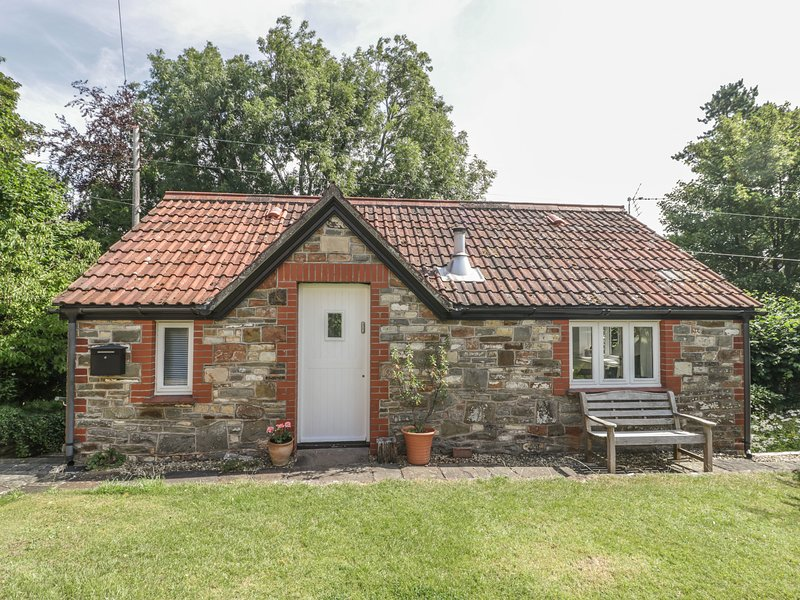 The Cottage at Woodmead, Chew Magna, holiday rental in Butcombe