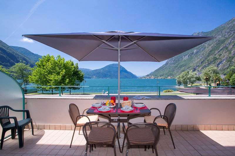 Porto Letizia P13, vacation rental in Province of Como