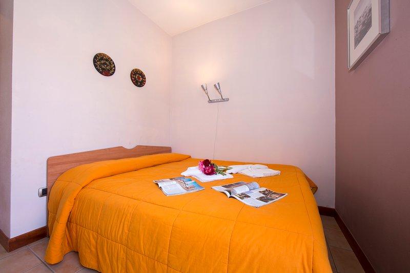 Porto Letizia Ortensia 4, holiday rental in Province of Como