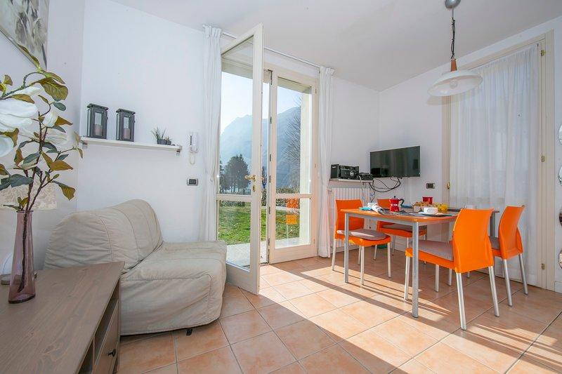 Porto Letizia Tulipano 4, holiday rental in Province of Como
