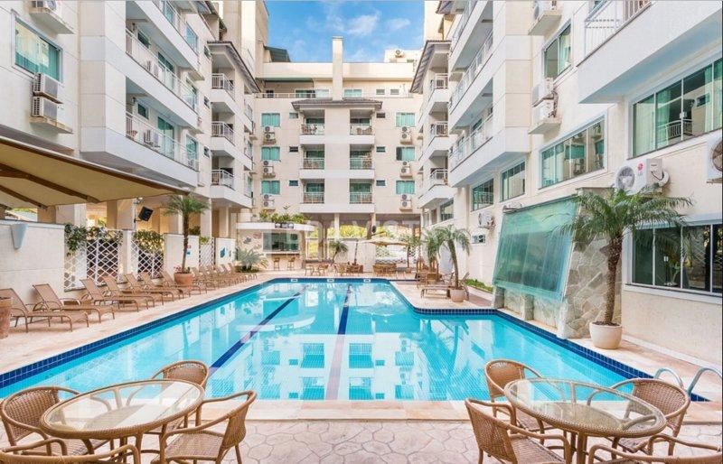 Aluguel Apartamento 1 quarto Summer Beach Piscina Bombas/SC 508, alquiler vacacional en Porto Belo