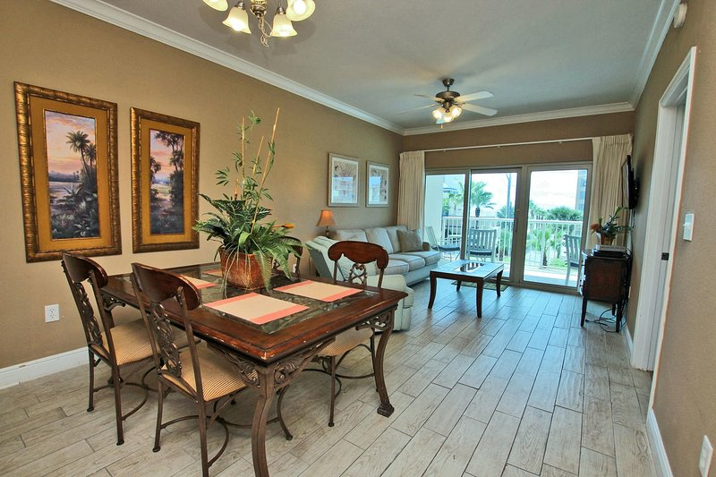 Crystal Tower 208-Live the Beach Life! Great Fall Deals~ Great Weather! What, holiday rental in Bon Secour