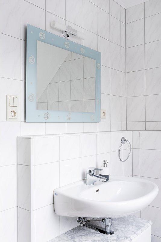 Apartment mit 1 Schlafzimmer, holiday rental in Lubbecke