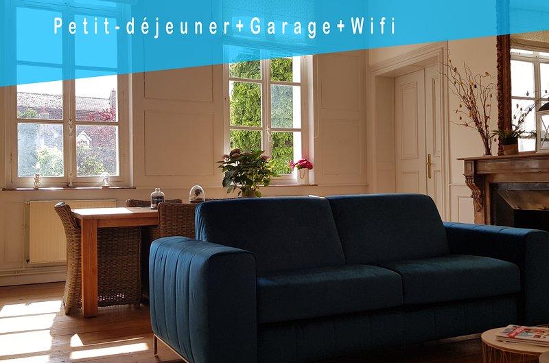 Maddalena, Appartement calme et luxueux, aluguéis de temporada em Roucourt