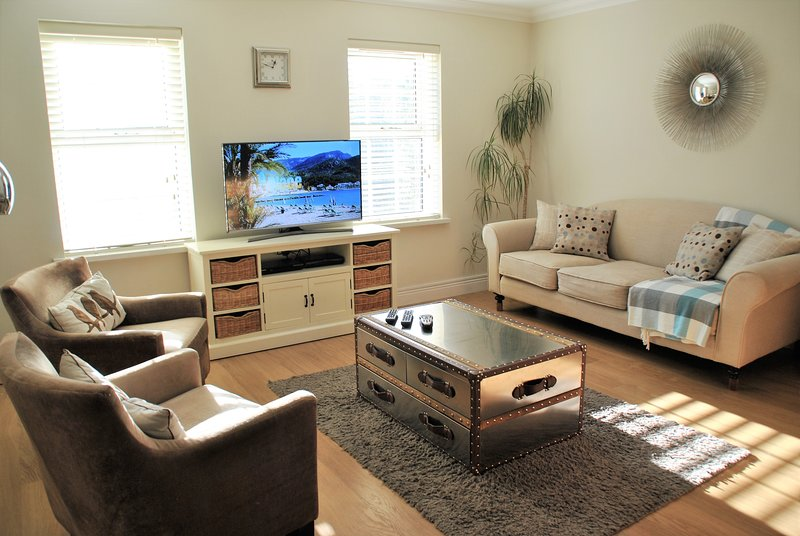 20 Camperdown House by Accommodation Windsor, holiday rental in Eton