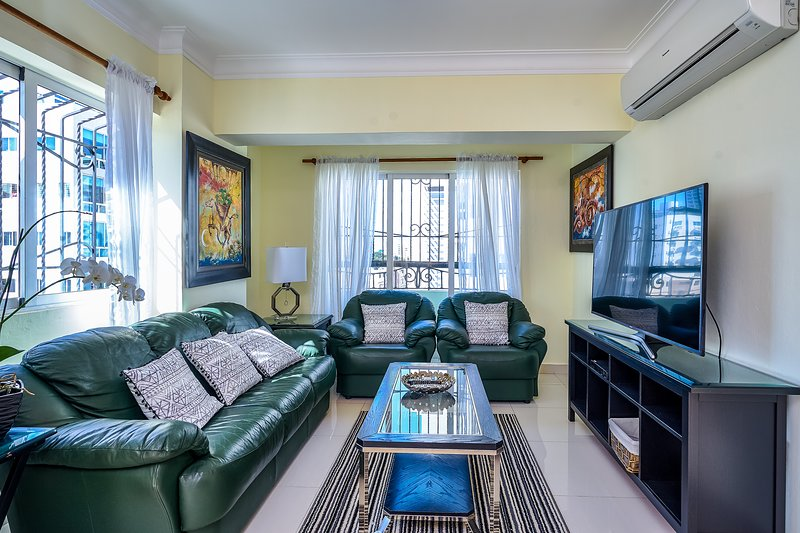Jeshua 5A · Spacious 3BR apt, family friendly, great location!, alquiler vacacional en San Cristobal
