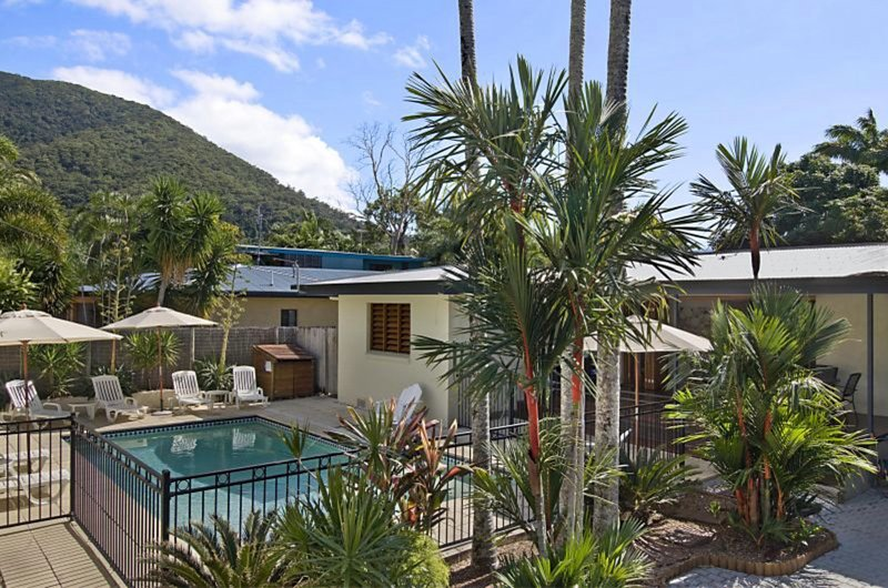 TROPICAL ESSENCE*PALM COVE, vacation rental in Palm Cove