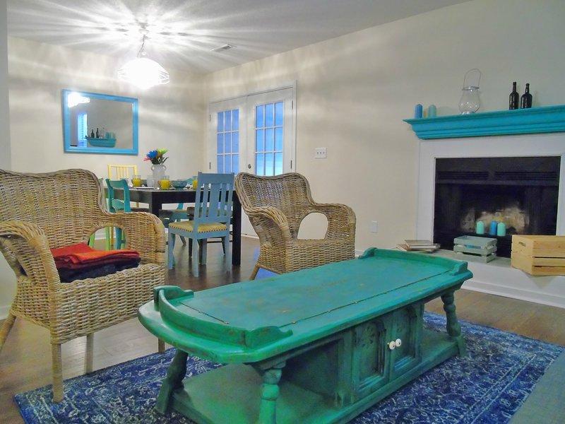 Perfect Charleston Delight - City + Beach!!, alquiler de vacaciones en James Island