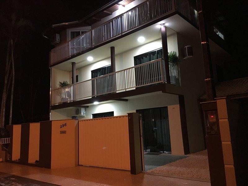 Casa para até 6 pessoas pertinho do mar - Beto Carrero Penha/SC, alquiler de vacaciones en Picarras